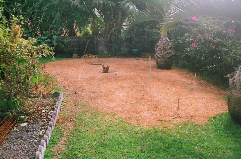 Pr paration du terrain construction de notre piscine for Construction piscine terrain agricole